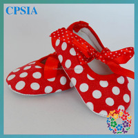 Christmas Red White Polk Dots Newborn Designer Baby Shoes Latest Baby Crib Tied Shoes 2014 four Sizes 75 Colors