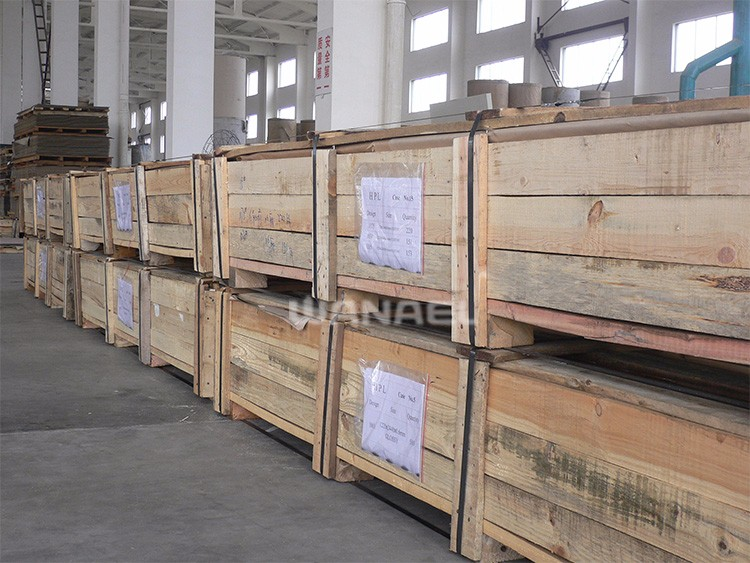 HPL laminate container loading1  (3)