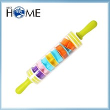 Food Safety FDA Approval Plastic Cookie Cutter with Rolling Pin