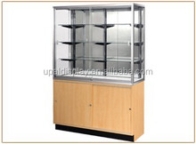 S22_Streamline Wall Cases big, wooden base & Tempered glass shelves