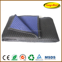 moving heavy furniture with cheap and durable moving blanket to protecting furniture