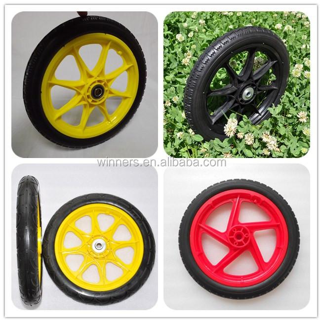 20 pouces v lo roue de la charrette en blanc avec des for Diametre exterieur pneu