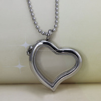 Stainless Steel Heart Shaped Photo Frame Pendant Wholesale