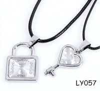 Alloy jewelry lovers special valentine's day The key and lock lovers necklace