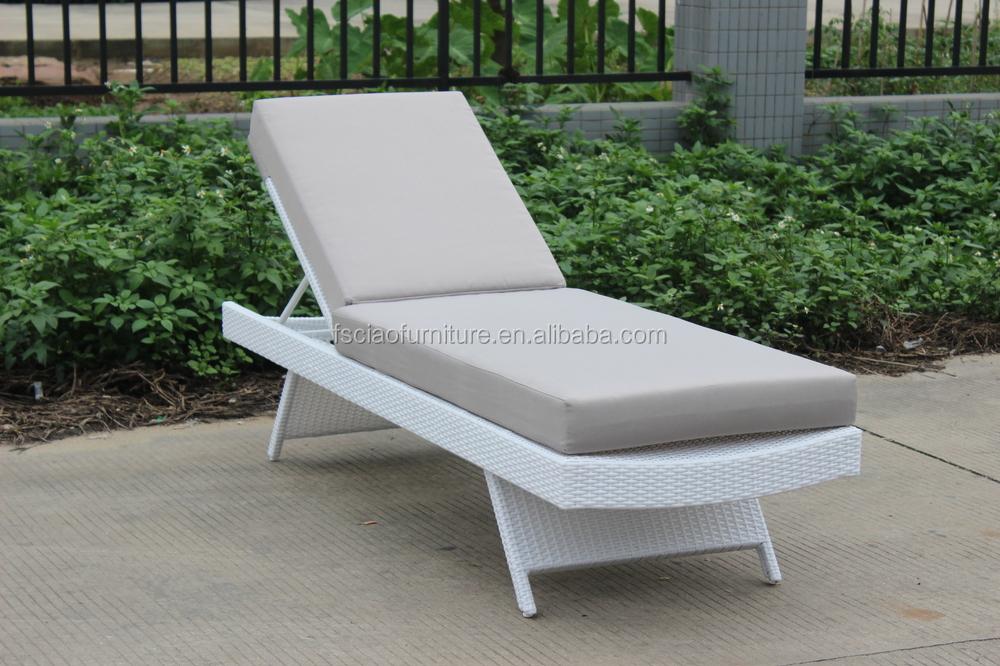 New design comfort outdoor rattan chaise lounge chair buy chaise lounge lou - Chaise confortable design ...
