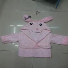 Impresión suave y el bordado de 100% del bordado del algodón del bebé toalla con capucha