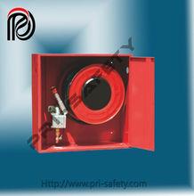 Fuego carrete de la manguera con el gabinete para sistema de agua, abrir la puerta especial