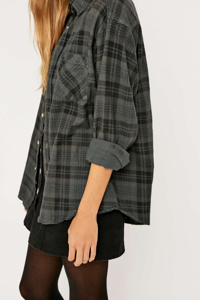 Customised oversized women spring grey plaid flannel for Oversized plaid shirt womens