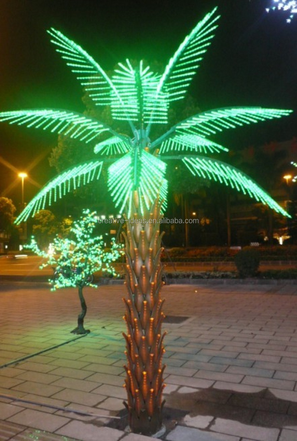 Outdoor led lighted palm trees for landscape led for Outdoor light up ornaments