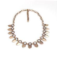 Yiwu European and American trade jewelry wholesale cheap retro metal Rhinestone necklace costume jewelry SN29
