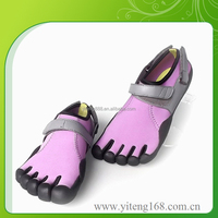 2016 Innovative Design Five Finger Summer Sandals Clog