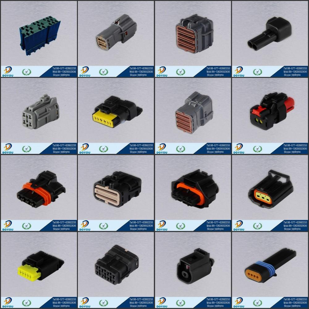 Yellow plastic pbt automotive electrical connectors