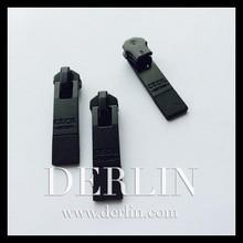 Oxy M5 Oxidised Carbon Fibre Matt Black Slider Metal Zipper Puller
