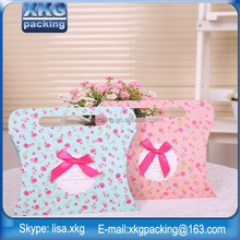 Customize, High quality kraft paper pillow with ribbon handles and hot-selling
