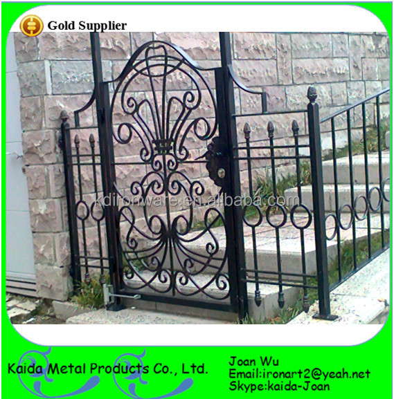 Simple morden wrought iron main gate design view