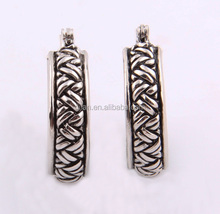 China Jewelry Factory Antique Design Pictures Of Earrings For Men Wholesale Pressed Earrings