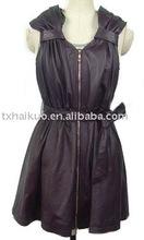 Lady sleeveless long leather jacket A belt