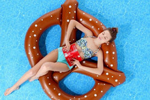 3 kids Pretzel Pool Float inflatable/inflatable swimming ring