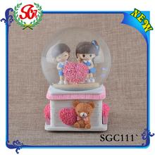 SGC111 Beautiful Fashion Resin Music Water Ball, Water Ball Price