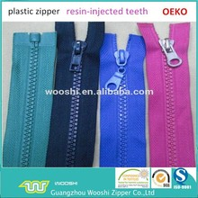 Wholesale High Quality Plastic Zipper for Backpacks Tents Overcoats Sports Suit