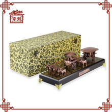 Unique corporate gifts desk decorating horse drawn chariots TCM303