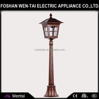 4500K Cool White Aluminum Solar LED Lawn Lamp