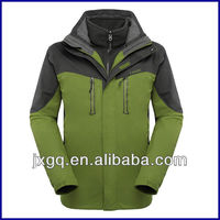 2013 brand name skiing wholesale outdoor jackets for men winter jacket
