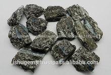 Varios forma en bruto australiano teal cianita en la matriz, nueva calidad de plata joyería de piedras preciosas