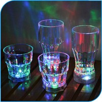 2015 Promotional Party Decoration Party Favor Cheap Color Change Led Flashing Plastic Wine Glass