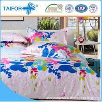 Hot Sale cheap classic silk summer dog print quilt