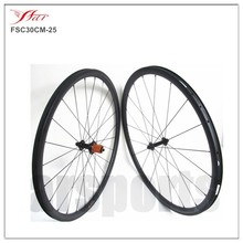 Siffness and durable road bike carbon wheels 30mm clicher rims high temp resiin carbon wheelset 200degrees durable road wheels