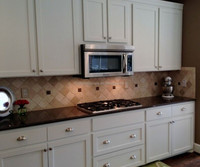 discontinued white color wood finished american oak kitchen cabinets