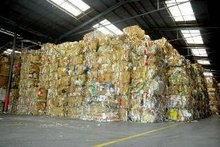 Waste PAPER Container LOTS from JAPAN (16JPY/kg)