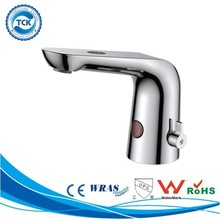 Non-contact design spa tub hands free faucet hot cold water