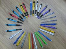 Pluma y lápiz todo bolígrafo