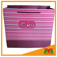 Fashion Gift Paper Bag With Pearl Handle