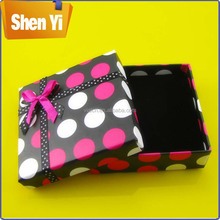 Elaborate custom color skirt packaging box for gift