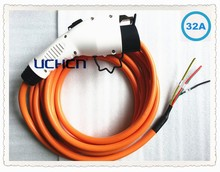 Uchen factory provide j1772 charging gun with 3m or 5m cable lead