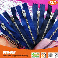 wholesale #4 close end metal zipper with YG slider any length available