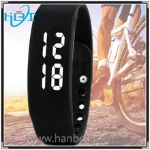 2015 crazy popular calorie counter style silicone USB sports smart wrist