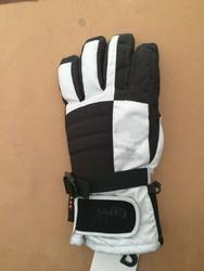 Mens Glove Five Finger Patchwork Oxford Polyester Neoprene Fabric Design Man Ski Glove China Manufactures