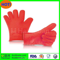 New Non-slip silicone hart shape heat resistant grill kitchen gloves, 5 fingers oven mitt