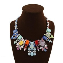 Wholesale Colorful Resin Rhinestones Flower Pendent Necklace Fashion Crystal Jewelry