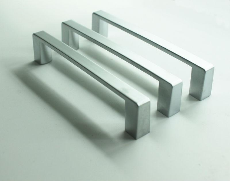 Manija cromo de aleaci n de zinc para gabinete de cocina - Tiradores para muebles ...