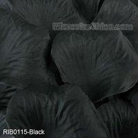 Black heart shape silk flower rose petals