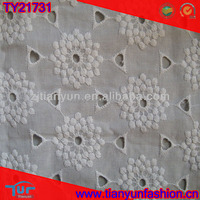 austrian customer design dressing made white chantilly embroidery cotton fabric