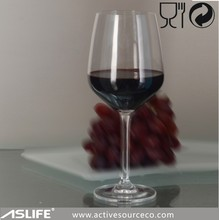 ASG1715_Tasting high quality red wine with long stem glassware the food quality serving red wine glass popular