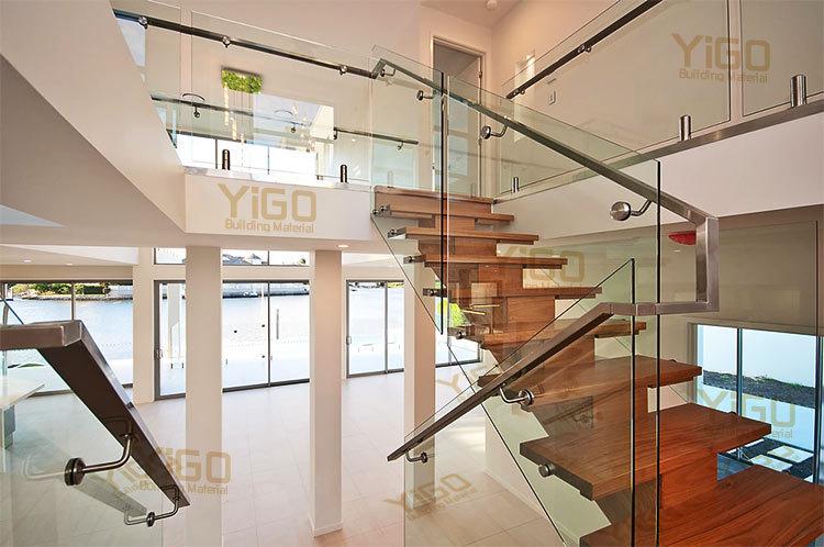 verre int rieure escalier barri re int rieur escalier. Black Bedroom Furniture Sets. Home Design Ideas