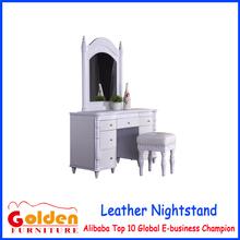 alibaba caliente de la venta de oro de foshan muebles moderno aparador con silla