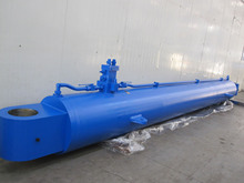cilindro idraulico escavatore